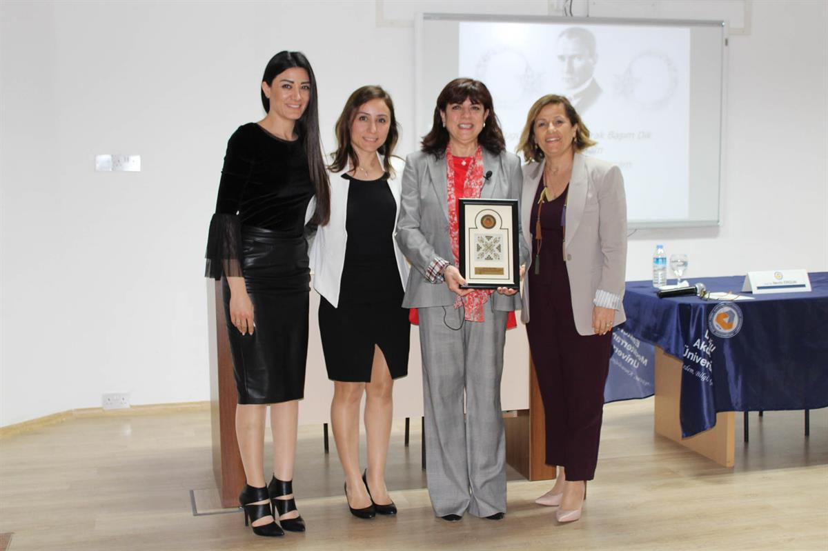 "Prof. Dr. Nevin Ergun realised a seminar about ""Sports Physiotheraphy in Turkey"""