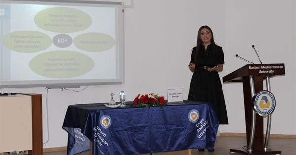 Uzm. Dyt. Emine Ömerağa realised a semainar about Practical Experiences in Sports Nutrition